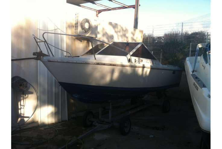bateau GUY COUACH 630 occasion Bouches du Rhone - PACA   5 000 �