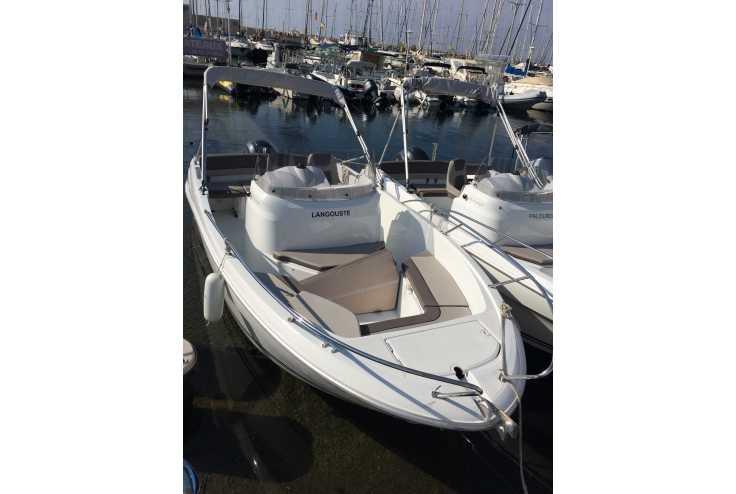 bateau JEANNEAU Cap Camarat 6.5 CC occasion Bouches du Rhone - PACA   29 900 �
