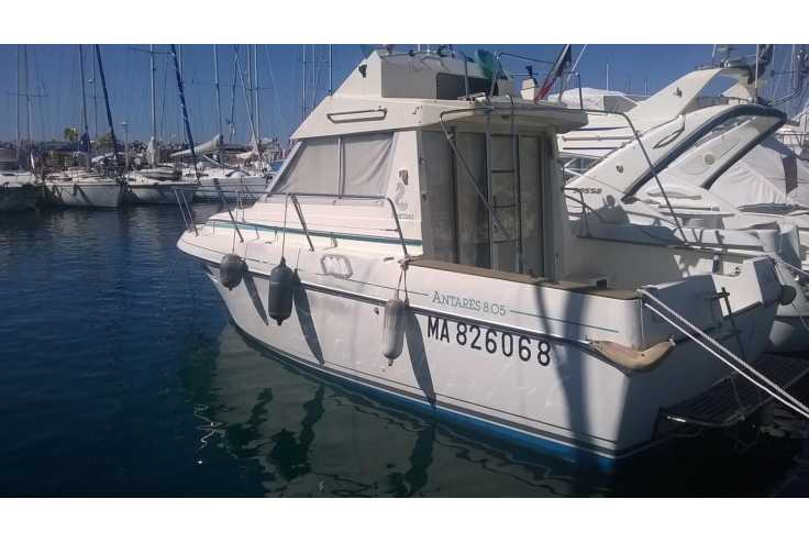 bateau BENETEAU ANTARES 805 occasion Bouches du Rhone - PACA   29 000 €