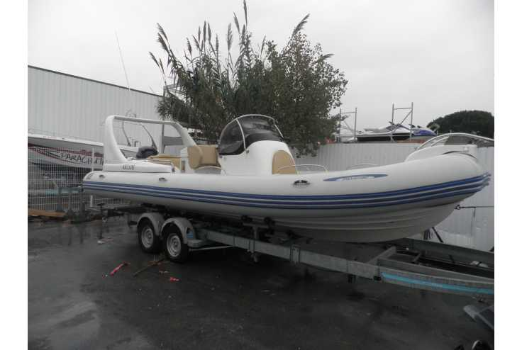 bateau ZODIAC MEDLINE III occasion Herault - Languedoc-Roussillon   35 000 �