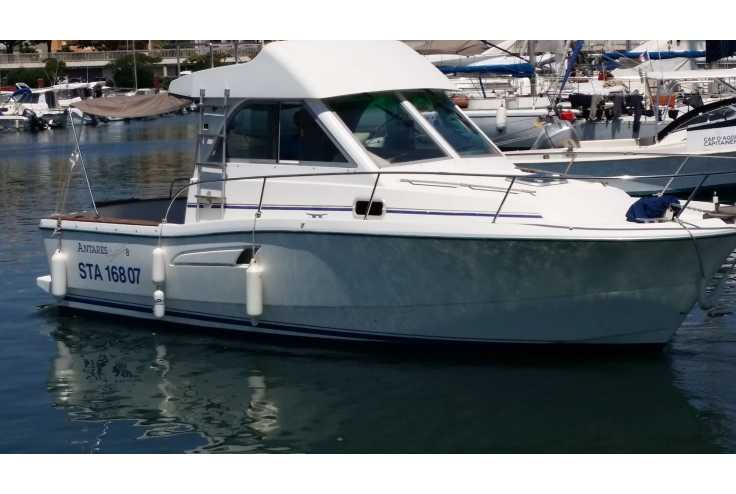 bateau BENETEAU ANTARES SERIE 8 occasion Herault - Languedoc-Roussillon   27 500 €