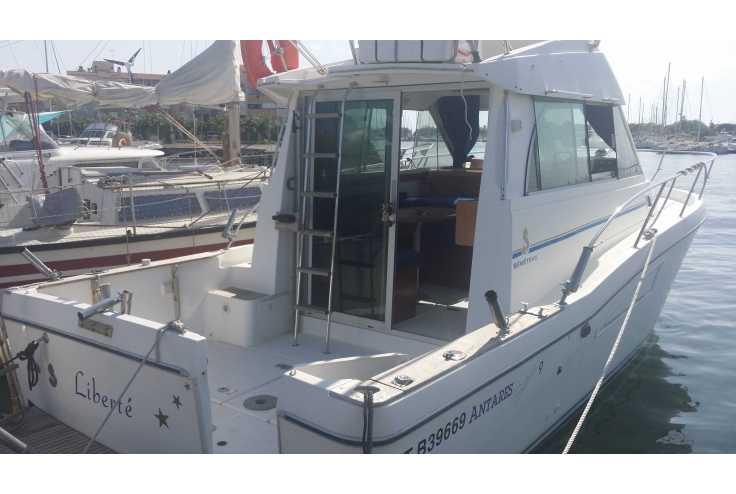bateau BENETEAU ANTARES SERIE 9 occasion Herault - Languedoc-Roussillon   39 900 €