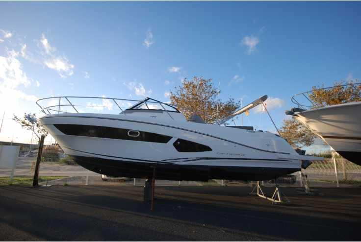 bateau JEANNEAU CAP CAMARAT 10.5 WA occasion Pyrénées Orientales - Languedoc-Roussillon   164 900 €
