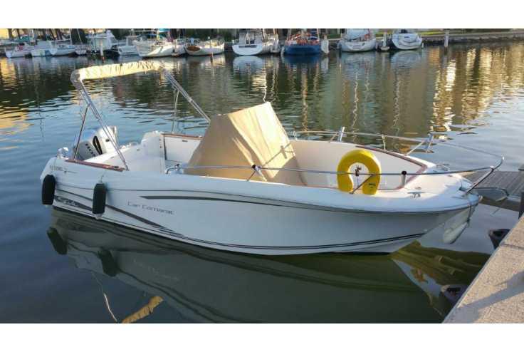 bateau JEANNEAU CAP CAMARAT 7.5 CC occasion Pyrénées Orientales - Languedoc-Roussillon   31 500 €