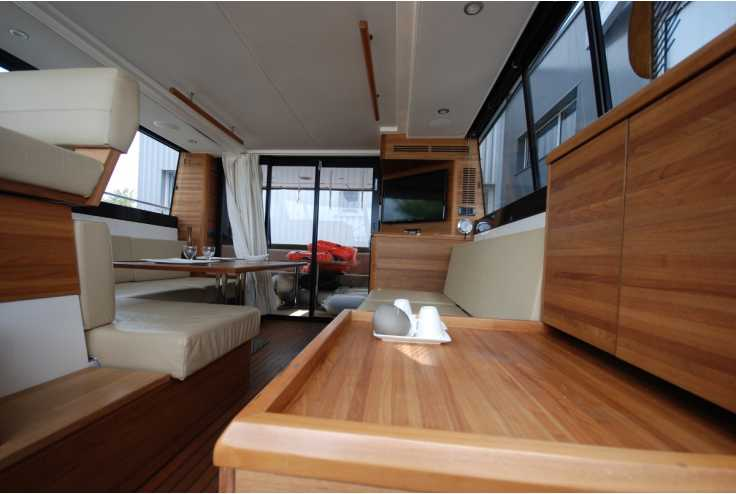 SEALINE F450 - Bateau occasion 66 - Vente 389000 : photo 4