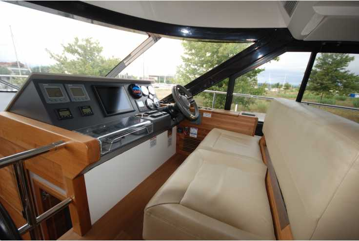 SEALINE F450 - Bateau occasion 66 - Vente 389000 : photo 7