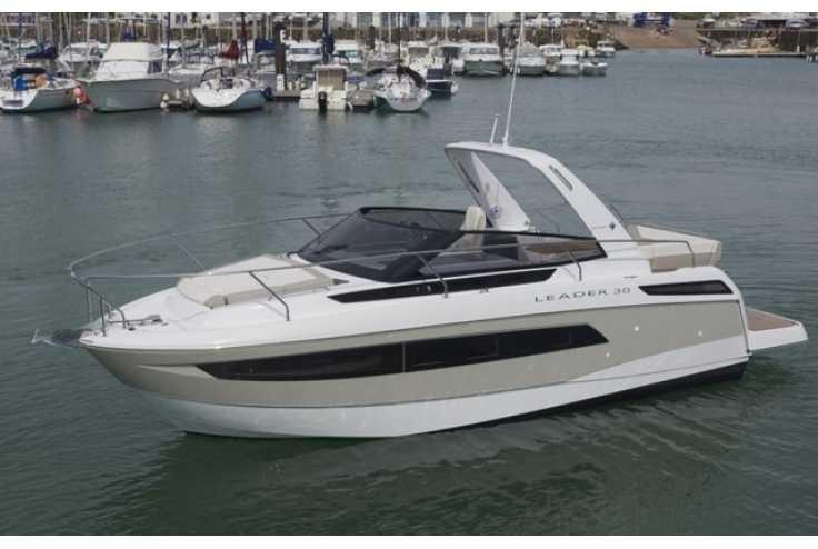 bateau JEANNEAU LEADER 30 occasion    189 000 €