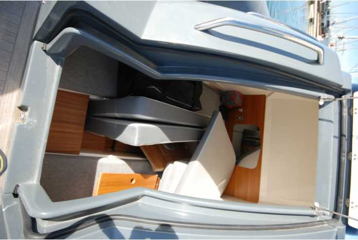 NUOVA JOLLY PRINCE 38 - Bateau semi-rigide occasion 66 - Vente 209000 : photo 10