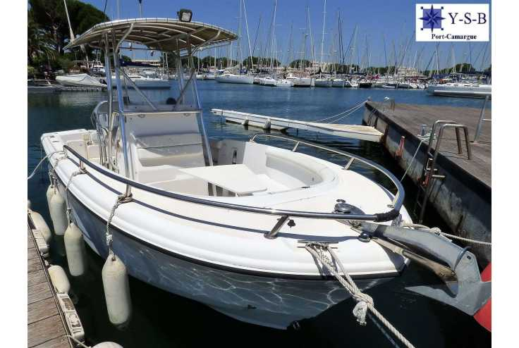 bateau EDGE WATER 225 CC occasion Gard - Languedoc-Roussillon   27 500 €