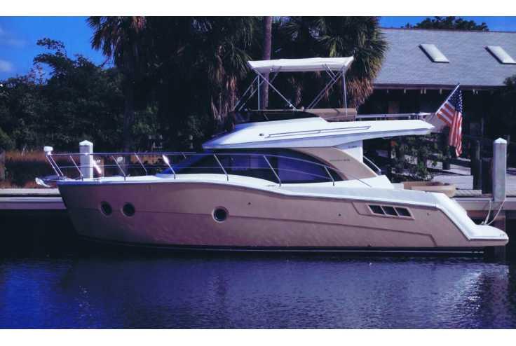 bateau CARVER YACHTS C34 occasion Gard - Languedoc-Roussillon   351 900 €