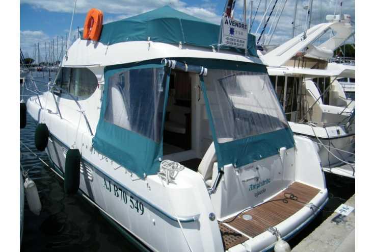 bateau JEANNEAU Prestige 32 occasion    82 000 €