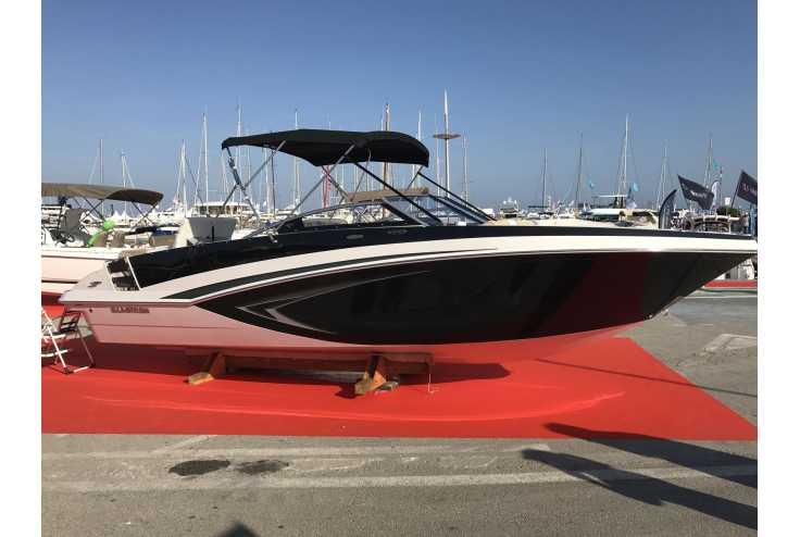 bateau GLASTRON  GT 240 occasion Alpes Maritimes - PACA   86 832 €