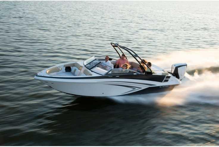 bateau GLASTRON  GT 240 occasion Alpes Maritimes - PACA   58 736 €