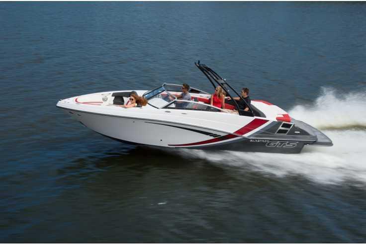 bateau GLASTRON  GTS 245 occasion Alpes Maritimes - PACA   54 509 €