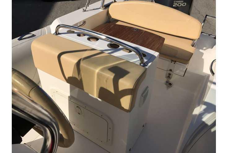 CAPELLI 690 - Bateau semi-rigide occasion 06 - Vente 23990 : photo 10