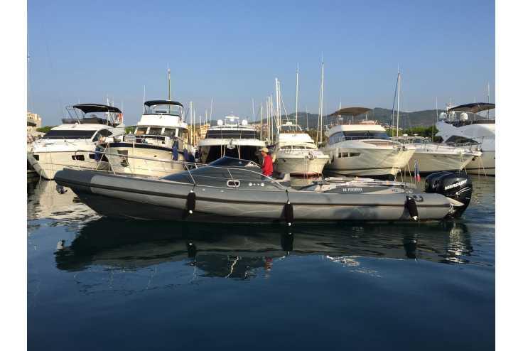 NUOVA JOLLY Prince 35 Sport Cabin Outboard - Bateau semi-rigide occasion 06 - Vente 159990 : photo 3
